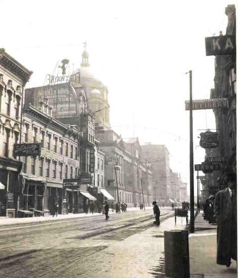 Downtown_april_1911