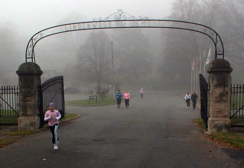 Lindenwood_entrance_pink_girl