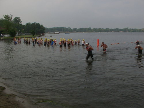 Last women's wave about to start